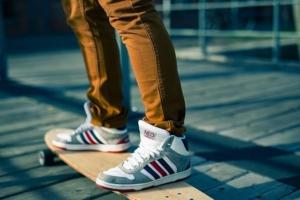 kinder skateboard mit motor